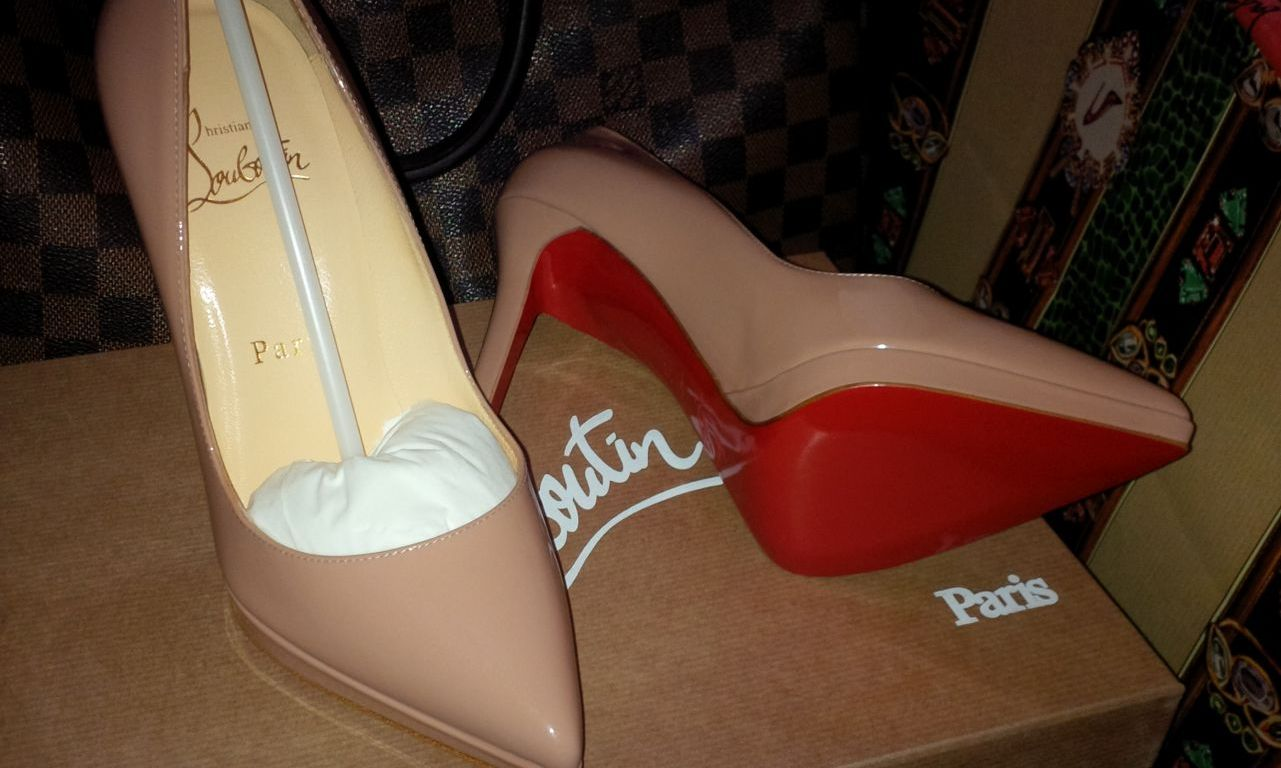 on sale 08a70 3ea45 Christian Louboutin Pigalle Plato Nude – Review – London's ...